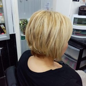 Layer/feather/Bob Hair Cut